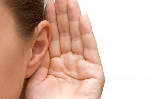 ear-girl